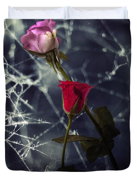 Roses With Coweb Duvet Cover