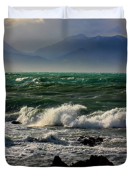 Duvet Cover featuring the photograph Rough Seas Kaikoura New Zealand by Amanda Stadther