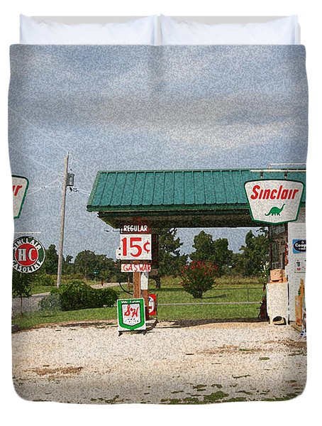 Route 66 Gas Station With Sponge Painting Effect Duvet Cover