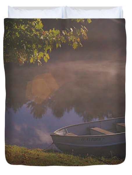 Rowboat Lake Nh Duvet Cover