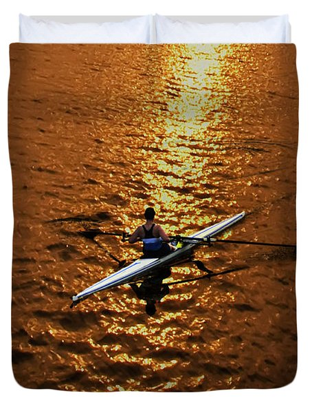 Rowing Into The Sunset Duvet Cover by Bill Cannon
