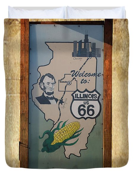 Rt 66 Towanda Il Welcome Signage Duvet Cover by Thomas Woolworth