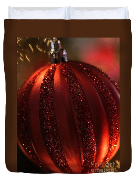 Duvet Cover featuring the photograph Ruby Red Christmas by Linda Shafer