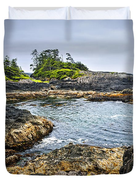 Rugged Coast Of Pacific Ocean On Vancouver Island Duvet Cover by Elena Elisseeva