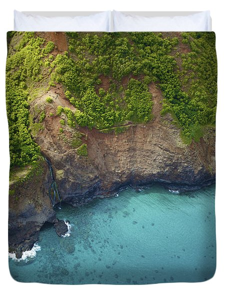 Rugged Kauai Coastline Duvet Cover by Kicka Witte