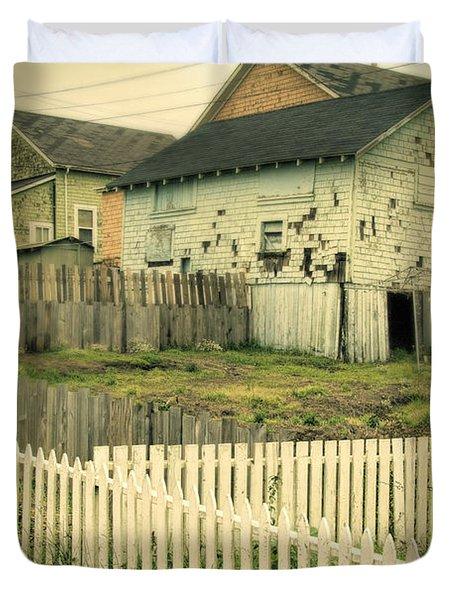 Rundown Shacks Duvet Cover by Jill Battaglia