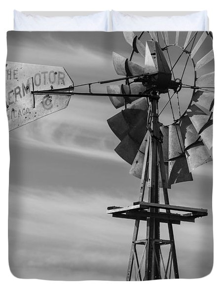 Rural Nebraska Windmill Duvet Cover