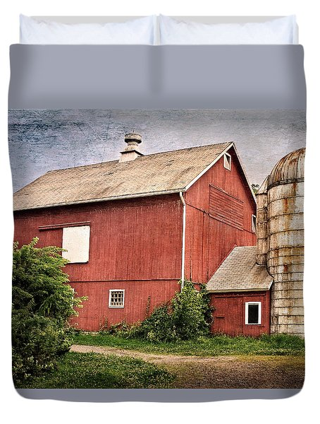 Rustic Barn Duvet Cover by Bill Wakeley