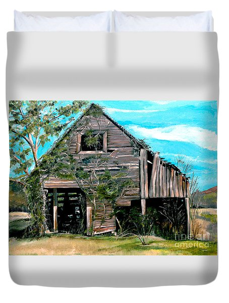 Rustic Barn - Mooresburg - Tennessee Duvet Cover by Jan Dappen