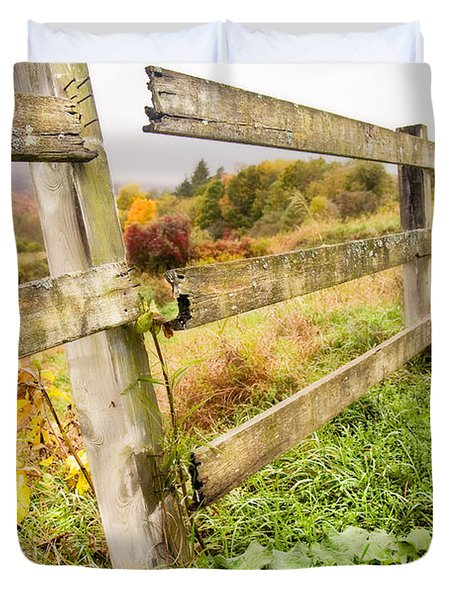 Rustic Landscapes - Broken Fence Duvet Cover by Gary Heller