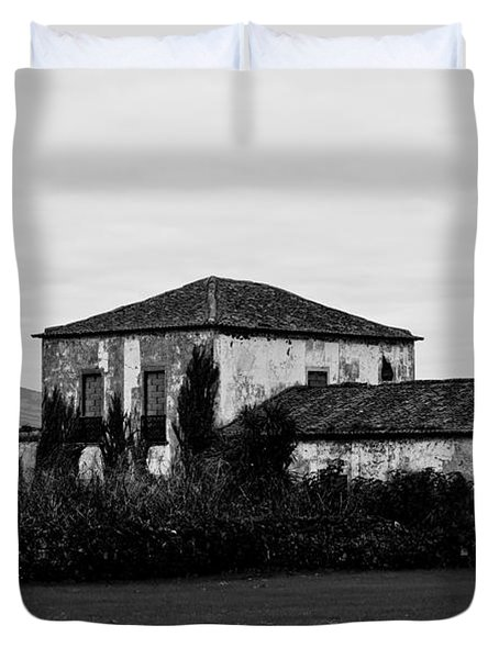 Rustic Outbuildings In A Field  Duvet Cover
