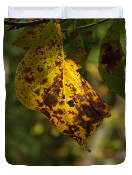 Duvet Cover featuring the photograph Rusty Leaf by Nick Kirby