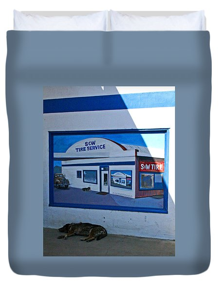 S And W Tire Service Mural Duvet Cover