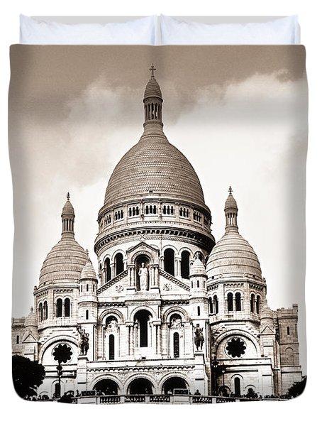 Sacre Coeur Basilica In Paris Duvet Cover by Elena Elisseeva