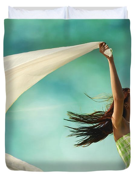 Sailing A Favorable Wind Duvet Cover by Laura Fasulo