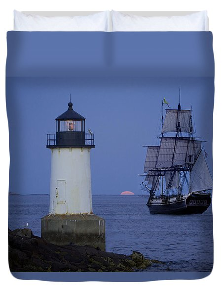 Duvet Cover featuring the photograph Sailing Out For The Red Moon by Jeff Folger