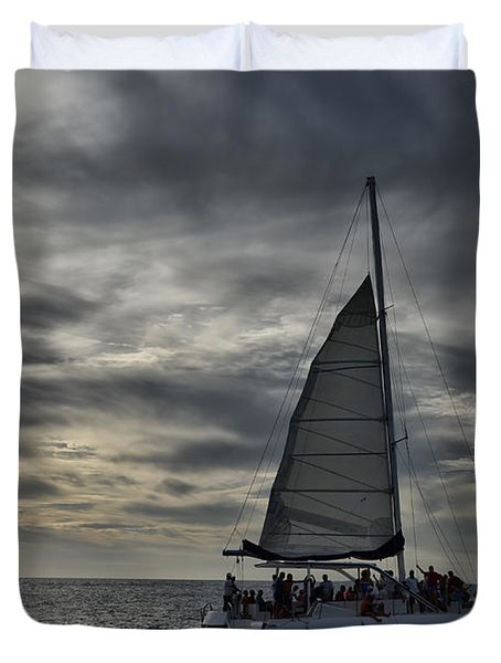 Sailing The Caribbean Duvet Cover