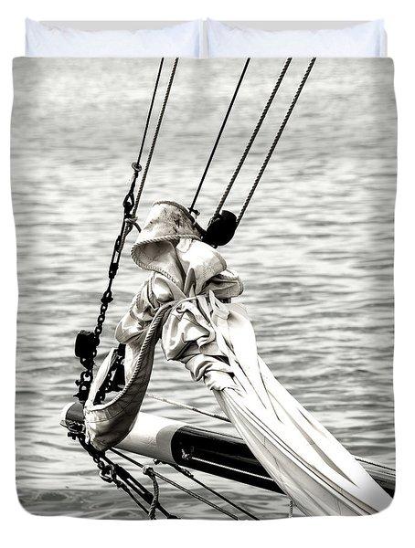 Sailing The Seven Seas Duvet Cover