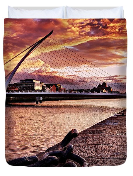 Duvet Cover featuring the photograph Samuel Beckett Bridge At Dusk - Dublin by Barry O Carroll