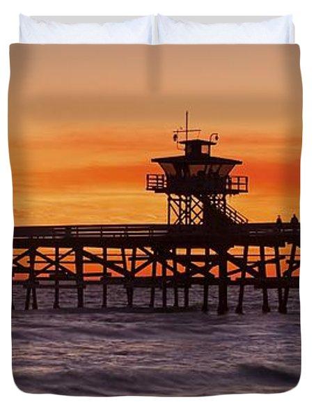 San Clemente Municipal Pier In Sunset Duvet Cover by Richard Cummins