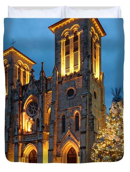 San Fernando Cathedral And Christmas Tree Main Plaza - San Antonio Texas Duvet Cover
