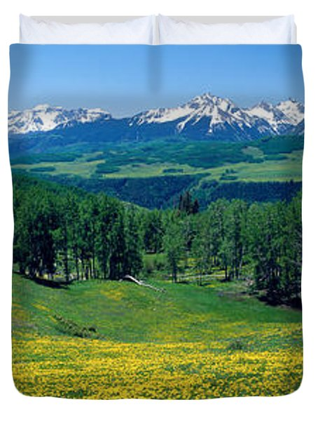 San Miguel Mountains In Spring Duvet Cover