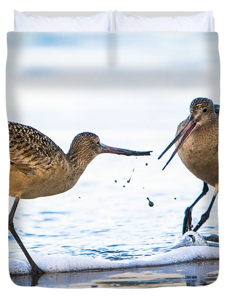 Duvet Cover featuring the photograph Sanderlings Playing At The Beach by John Wadleigh