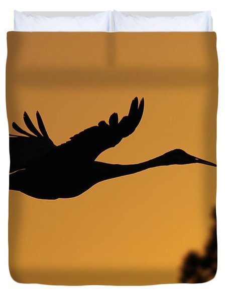 Sandhill Crane In Flight Duvet Cover