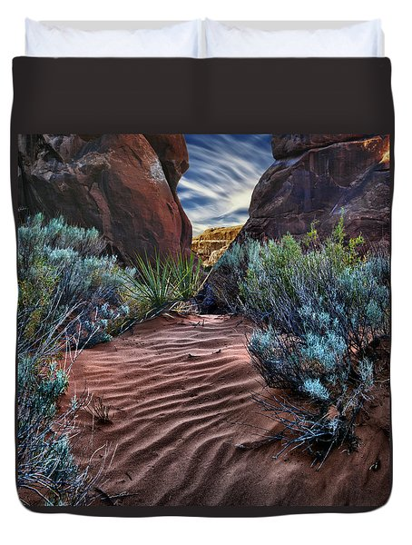 Sandy Trail Arches National Park Duvet Cover by Gary Warnimont