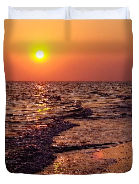 Duvet Cover featuring the photograph Sanibel Sunset by D Hackett