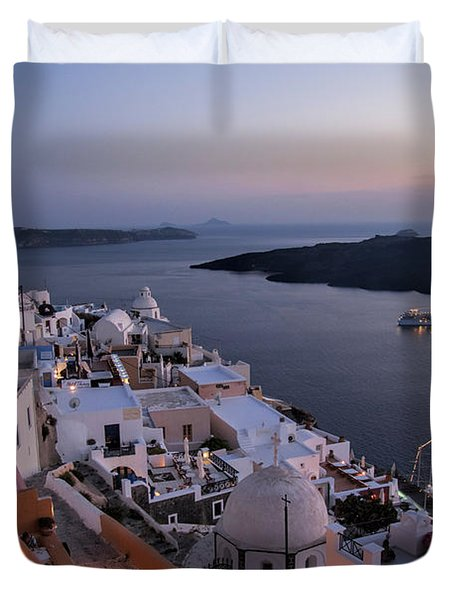 Santorini At Dusk Duvet Cover