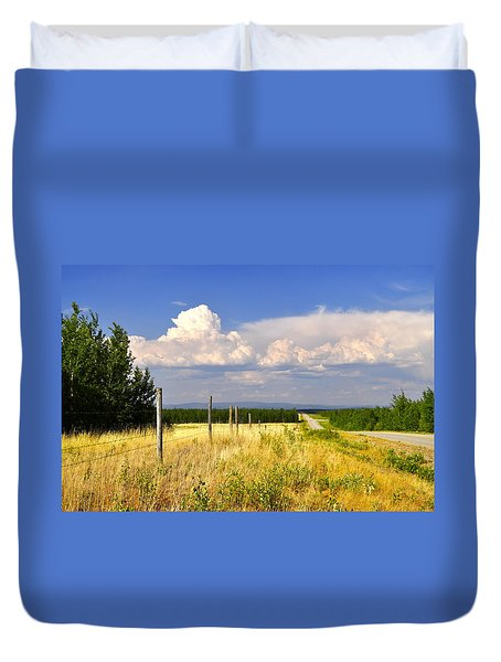 Duvet Cover featuring the photograph Sawmill Creek Road by Cathy Mahnke