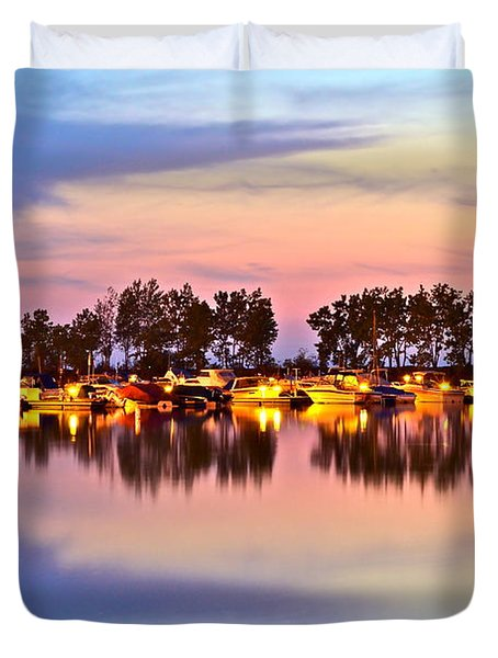 Scenic Sunset Duvet Cover by Frozen in Time Fine Art Photography