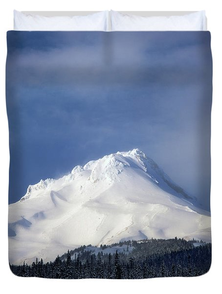 Scenic View Of Snowcapped Mountain, Mt Duvet Cover