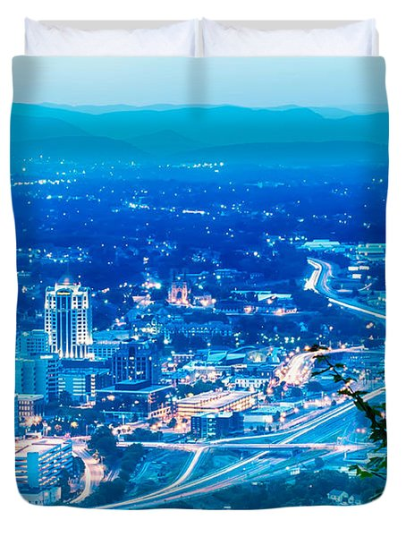 Scenics Around Mill Mountain Roanoke Virginia Usa Duvet Cover