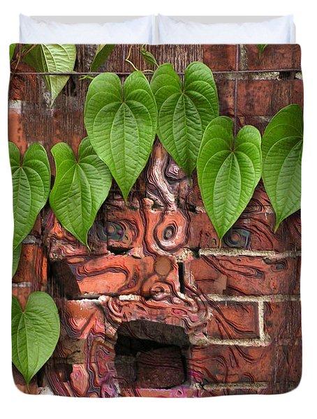 Screaming Wall Duvet Cover