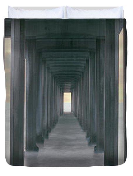 Scripps Pier Into The Pacific Ocean, La Duvet Cover