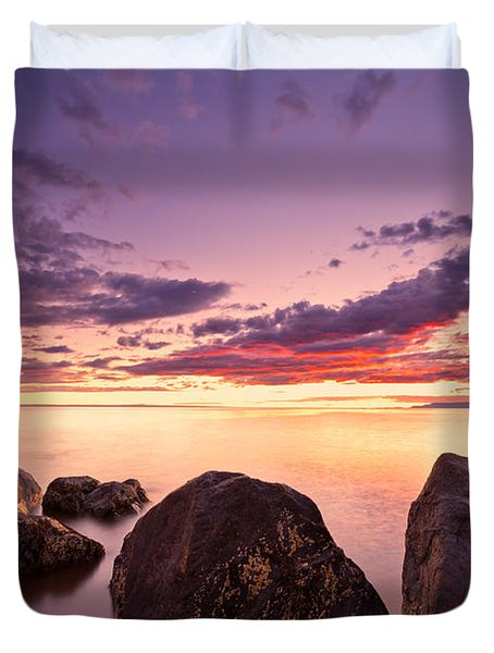 Sea At Sunset The Sky Is In Beautiful Dramatic Color Duvet Cover