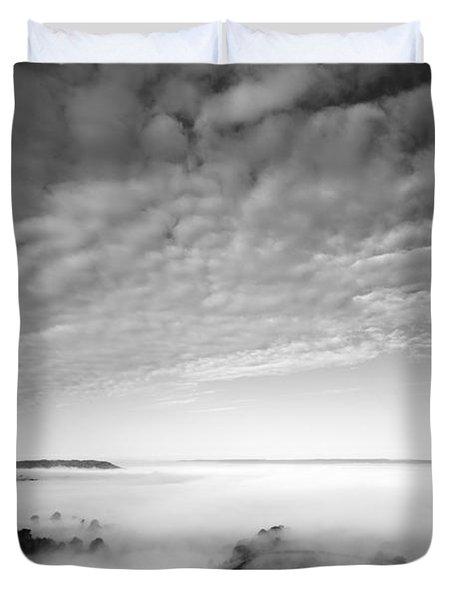 Sea Of Fog Duvet Cover by Anne Gilbert