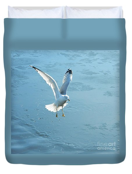 Seagull's Flight Out Of Icy Water Duvet Cover