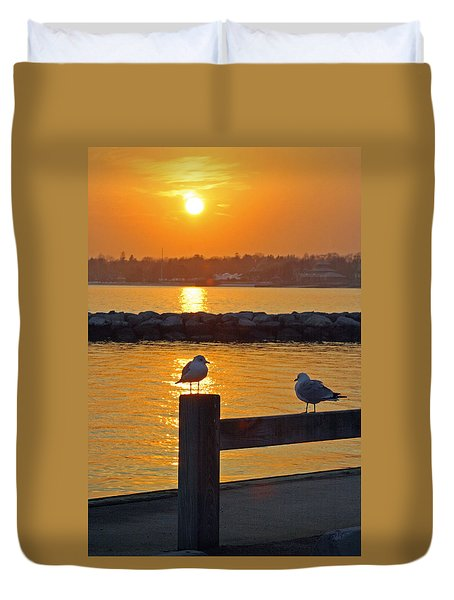 Seaguls At Sunset Duvet Cover
