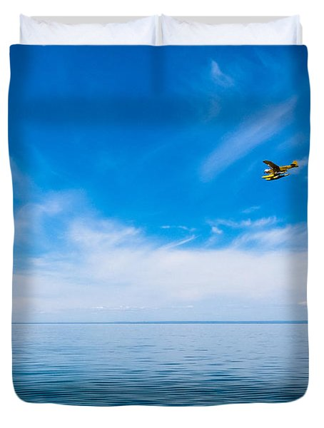 Seaplane Over Lake Superior   Duvet Cover by Lars Lentz