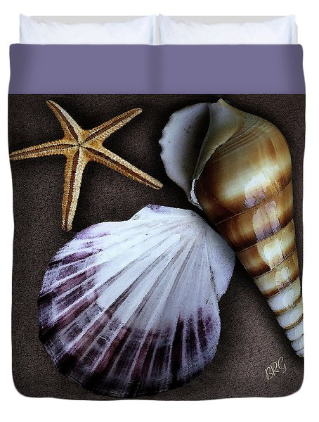 Seashells Spectacular No 37 Duvet Cover by Ben and Raisa Gertsberg