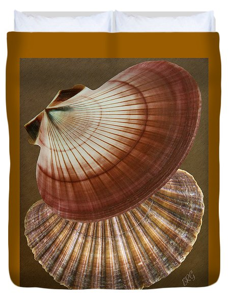 Seashells Spectacular No 53 Duvet Cover by Ben and Raisa Gertsberg