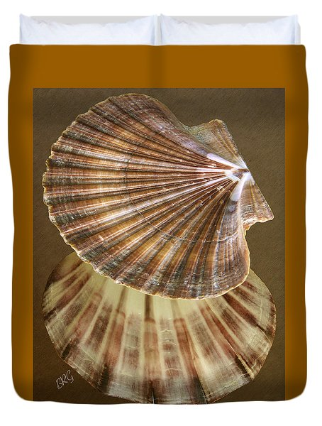 Seashells Spectacular No 54 Duvet Cover by Ben and Raisa Gertsberg
