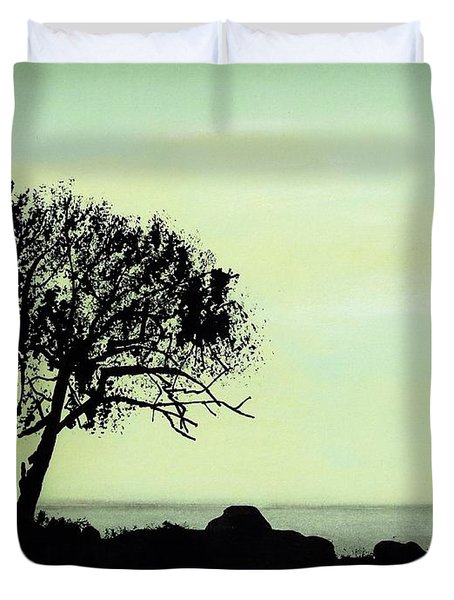 Duvet Cover featuring the drawing Seashore Silhouette by D Hackett