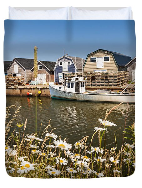 Seaside View Of Prince Edward Island Duvet Cover