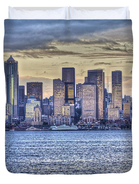 Seattle At Twilight From Alki Beach Duvet Cover