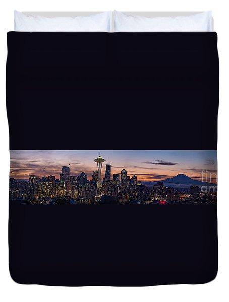 Seattle Cityscape Morning Light Duvet Cover