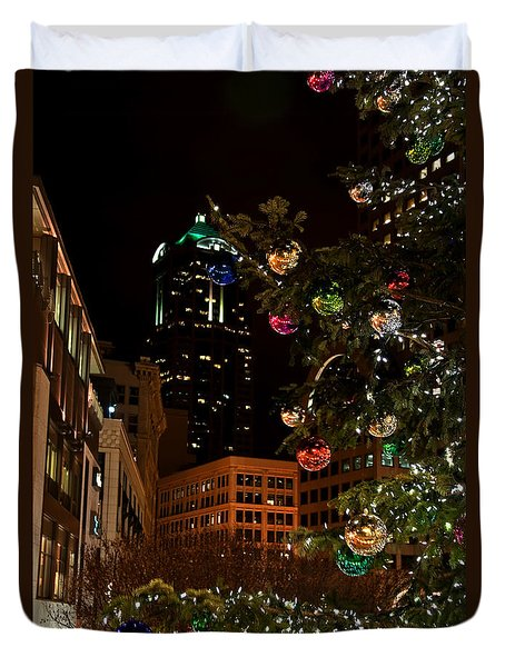 Duvet Cover featuring the photograph Seattle Downtown Christmas Time Art Prints by Valerie Garner